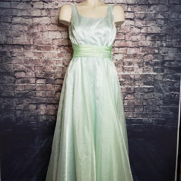 Jessica McClintock Dresses & Skirts - Jessica McClintock Bridal Seafoam Dreass, Size 6